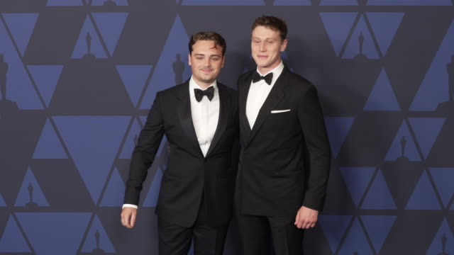stockvideo's en b-roll-footage met deancharles chapman and george mackay at the 2019 governors awards on october 26 2019 in hollywood california - george mackay
