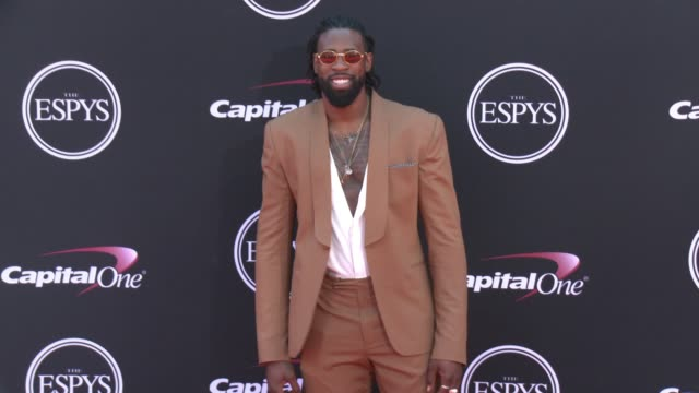 vídeos de stock, filmes e b-roll de deandre jordan at the 2017 espys in los angeles ca - espy awards