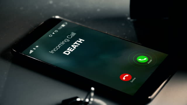 vídeos de stock e filmes b-roll de death is calling as a missed call - fim