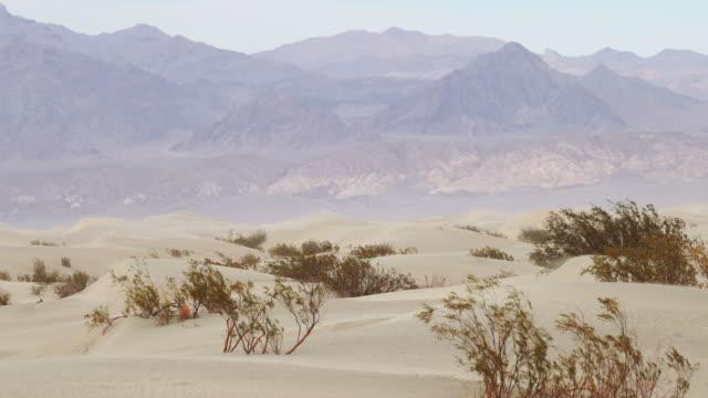 stockvideo's en b-roll-footage met death valley national park: zabriskie-punt - zabriskie point