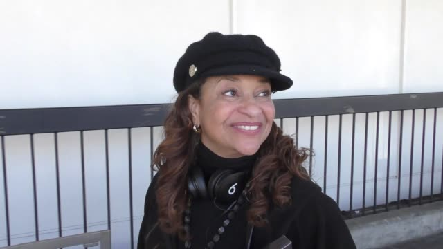 interview debbie allen talks about who is better president trump or obama while departing at lax airport in los angeles in celebrity sightings in los... - debbie allen stock videos & royalty-free footage