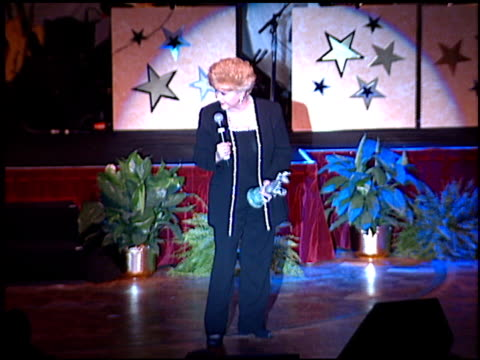debbie reynolds at the thalians 46th annual ball at century plaza in century city, california on october 13, 2001. - century plaza stock videos & royalty-free footage