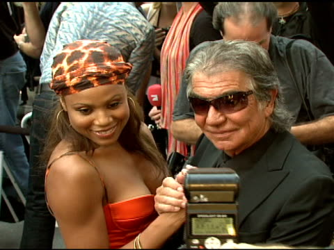 deborah cox and roberto cavalli at the cavalli ny flagship store launch at cavalli flagship store in new york new york on september 7 2007 - roberto cavalli stock videos and b-roll footage
