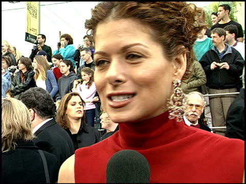 Debra Messing at the 2001 Screen Actors Guild SAG Awards arrivals at the Shrine Auditorium in Los Angeles California on March 11 2001
