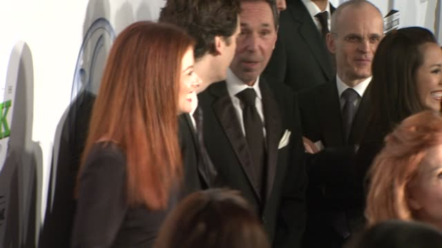 debra messing daniel zelman at the 20th annual producers guild awards at los angeles ca - debra messing stock-videos und b-roll-filmmaterial