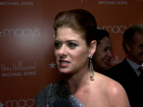 debra messing discusses why she is out tonite with michael kors what 'very hollywood' stands for michael's sense of style and how it appeals to women... - debra messing stock videos and b-roll footage