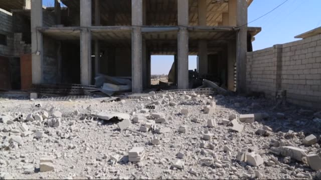 vidéos et rushes de debris of a collapsed building of a blood bank is seen after russian forces' airstrike over residential areas in saraqib district of idlib syria on... - ruiné