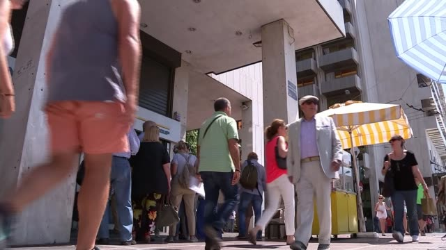 Banks remain shut following referendum / Eurozone call for new proposals EXT Various shots of people queuing up to use bank cash machine People to...
