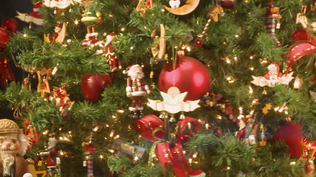 CU Decorated christmas tree rotating / Rothenburg o.d. Tauber, Bavaria, Germany