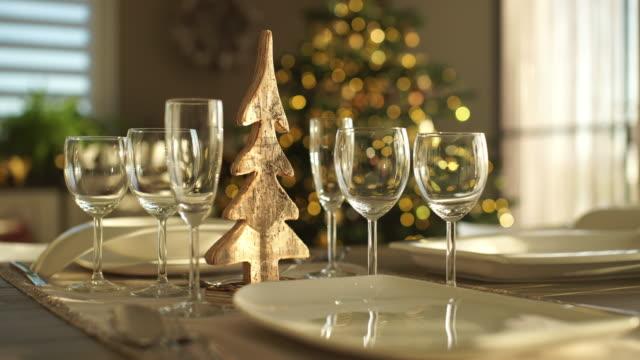 decorated dining table at home - 片付いた部屋点の映像素材/bロール