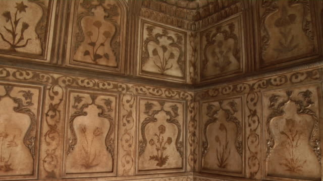 CU, PAN, Decorated wall in Agra Fort chamber, Agra, Uttar Pradesh, India