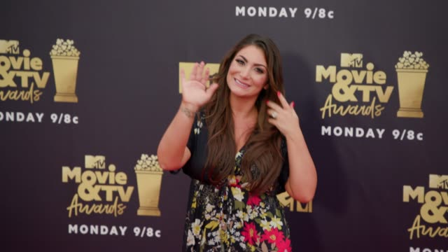 deena nicole cortese at 2018 mtv movie tv awards arrivals at barker hangar on june 16 2018 in santa monica california - mtv movie & tv awards stock videos & royalty-free footage