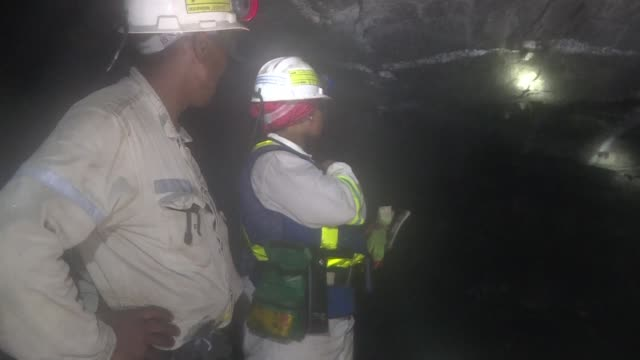 deep underground, in south africa's platinum belt, an increasing number women are working as miners, transforming the industry's traditionally macho... - platinum stock-videos und b-roll-filmmaterial
