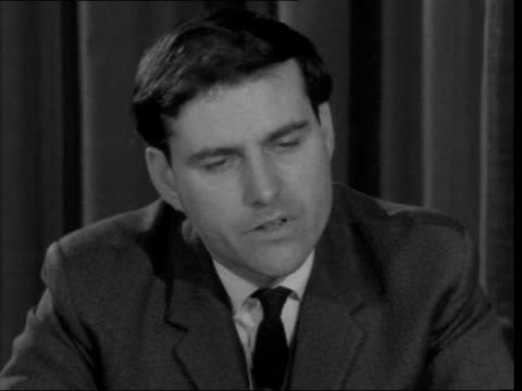 stockvideo's en b-roll-footage met defence minister denis healey interview on cuts in defence ***also london defence ministry sof very difficult to be accuarte i would say more than a... - quarter