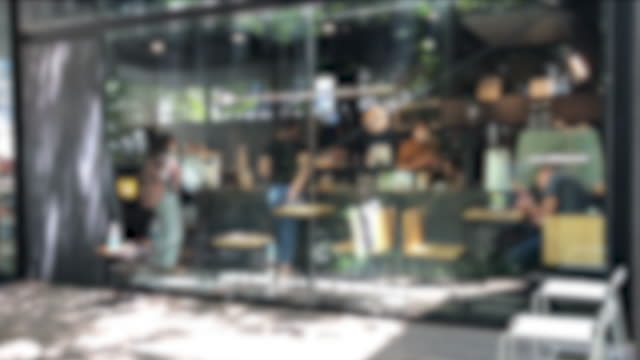 vídeos de stock e filmes b-roll de defocus cafe or people working in office - café e cultura
