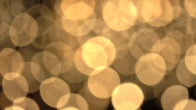 4K : De-focused candle light