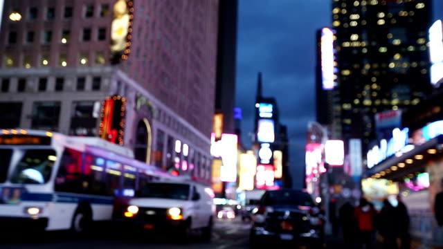 Sfocato luci di Times Square a New York City