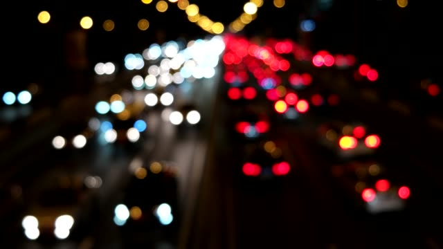 vídeos de stock e filmes b-roll de defocused view of traffic jam / beijing, china - expansão urbana