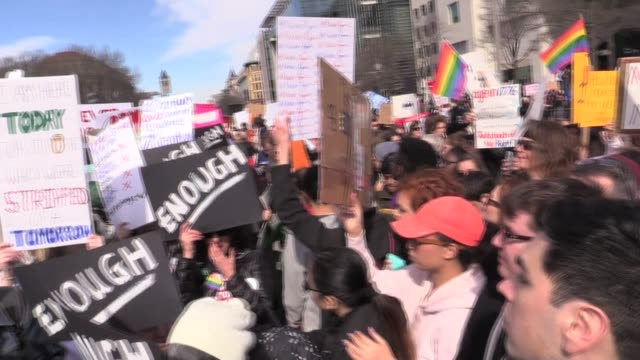 360 degree pan of crowd on march 24 2018 in washington dc united states - march for our lives stock videos and b-roll footage