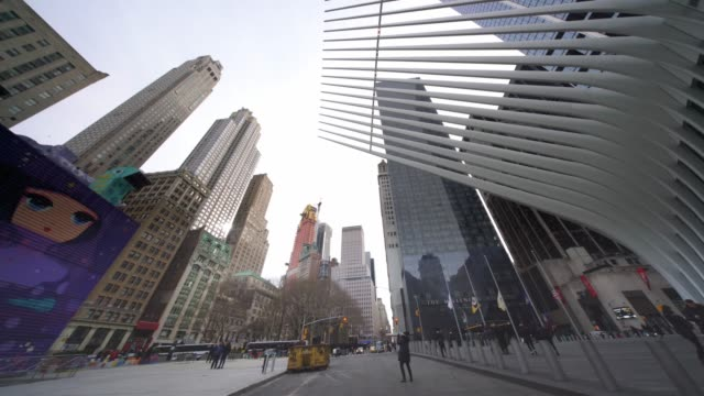 360 degree panning video at world trade center - new york - schwenk stock-videos und b-roll-filmmaterial