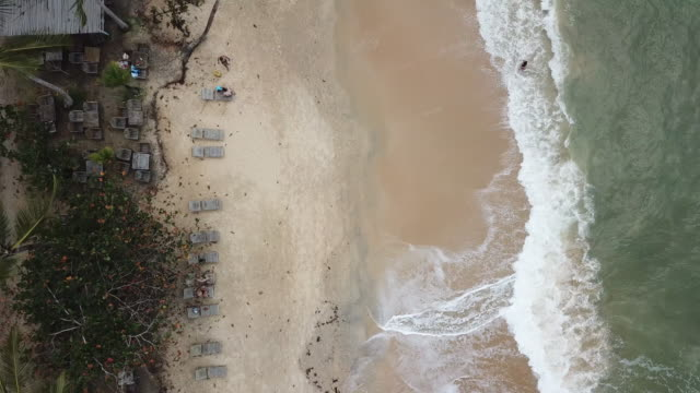 90 degree view of mirror beach (praia do espelho) in brazil - porto seguro stock videos & royalty-free footage