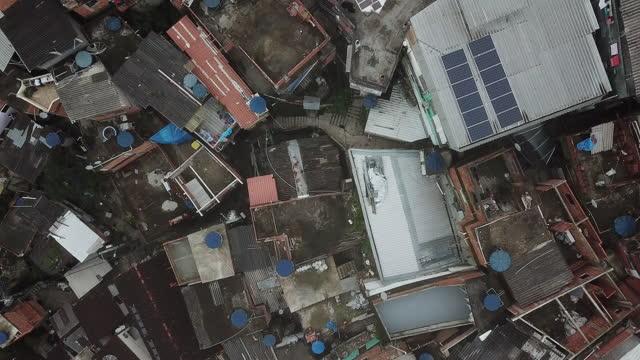 90 degree view of santa marta favela in rio de janeiro - 1996 stock videos & royalty-free footage