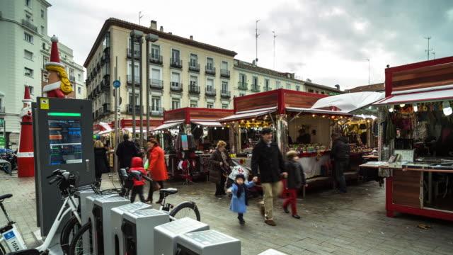 T/L 360 Degrees of Santo Domingo Christmas Market, Madrid - 360 Degree Timelapse