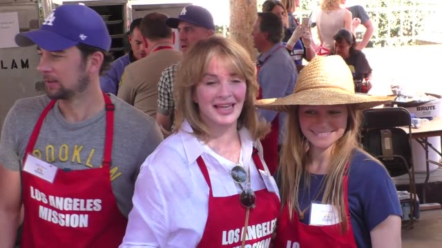 deidre hall marci miller and billy flynn at the los angeles mission thanksgiving meal for the homeless in los angeles at celebrity sightings in los... - deidre hall stock videos and b-roll footage