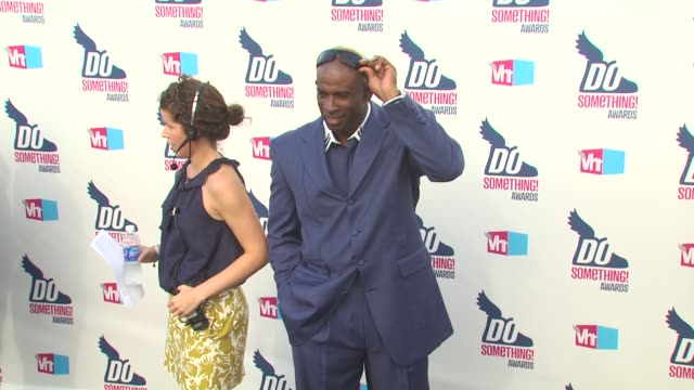 deion sanders at the 2010 vh1 do something awards at hollywood ca. - do something awards stock videos & royalty-free footage