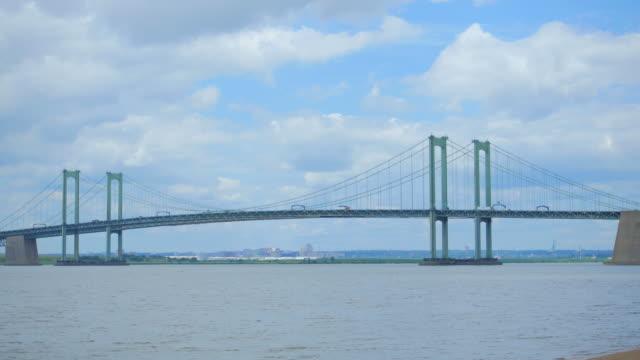delaware memorial bridge - hängebrücke stock-videos und b-roll-filmmaterial