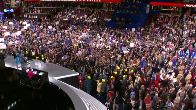 delegate votes for the state of new york your announced that the 2016 republican national convention 8 six for ohio governor john kasich and 9 for... - 2016 stock-videos und b-roll-filmmaterial