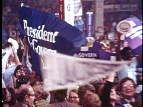 delegates support united states senator george mcgovern and governor george wallace during the 1972 democratic national convention in miami beach... - 長点の映像素材/bロール