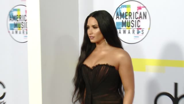 demi lovato at 2017 american music awards on november 19, 2017 in los angeles, california. - american music awards stock videos & royalty-free footage