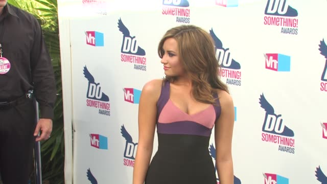 demi lovato at the 2010 vh1 do something awards at hollywood ca. - do something organization stock videos & royalty-free footage