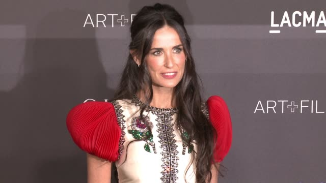 demi moore at 2016 lacma art + film gala honoring robert irwin and kathryn bigelow, presented by gucci at lacma on october 29, 2016 in los angeles,... - demi moore stock videos & royalty-free footage