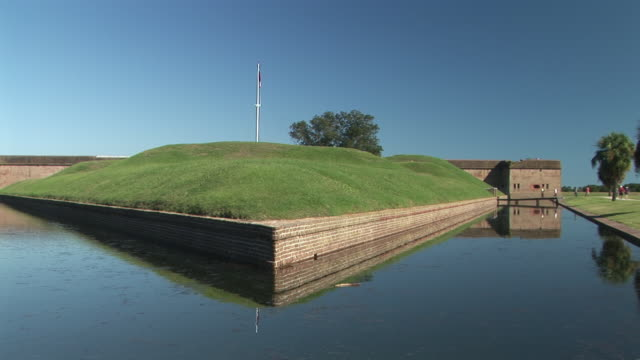 ws, demilune and moat, fort pulaski national monument, savannah, georgia, usa - moat stock videos and b-roll footage