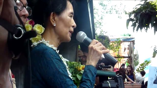 Democracy icon Aung San Suu Kyi reached out to Myanmar's splintered opposition forces on Sunday calling on thousands of exuberant supporters to unite...