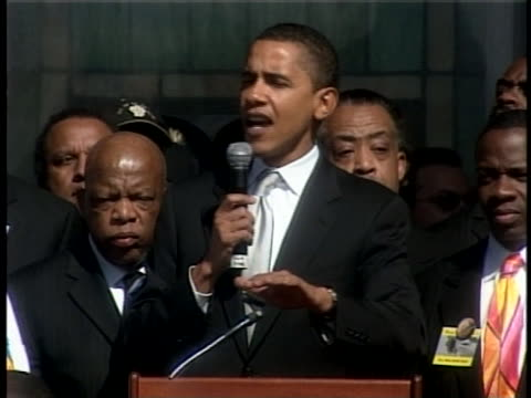 democratic party presidential candidate barack obama speaks at a pre-march rally outside brown chapel at the selma, alabama, civil-rights march... - 2007 bildbanksvideor och videomaterial från bakom kulisserna