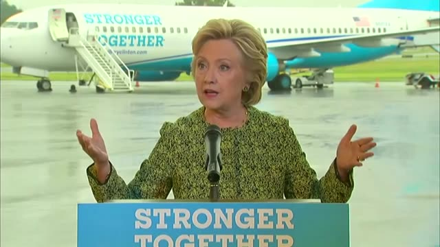 stockvideo's en b-roll-footage met democratic party presidential candidate hillary clinton takes questions from the press at the west chester county airport as an investigation was... - west point new york