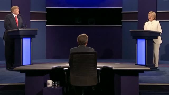 democratic party presidential candidate hillary clinton tells fox news sunday anchor chris wallace and republican nominee donald trump that the roe v... - debatte stock-videos und b-roll-filmmaterial