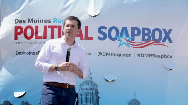 democratic presidential candidate and south bend, indiana, mayor pete buttigieg delivers a 20 - minute campaign speech at the des moines register... - south bend indiana stock videos & royalty-free footage