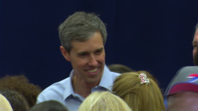 democratic presidential candidate beto o'rourke addresses an american federation of teachers town hall at north miami middle school he thanks the... - vorwahl stock-videos und b-roll-filmmaterial
