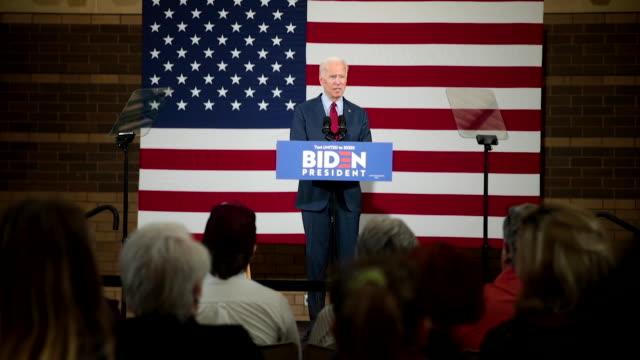 democratic presidential candidate former vice president joe biden speaks to guests during a campaign stop at the rivercenter on october 16 2019 in... - 民主主義点の映像素材/bロール