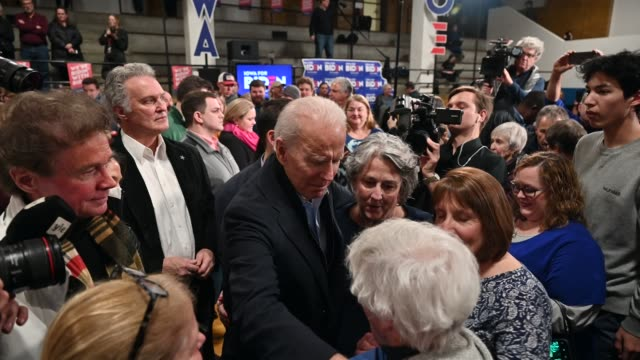 democratic presidential candidate former vice president joe biden greets supporters after speaking at a campaign stop on february 1, 2020 in cedar... - 副代表点の映像素材/bロール