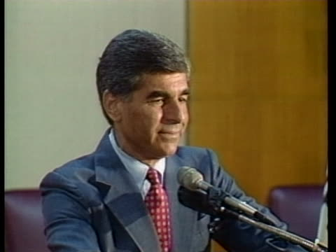 democratic presidential candidate michael dukakis says that things are getting a little shrill on the republican side of the campaign. - カリフォルニア州 ラグナビーチ点の映像素材/bロール