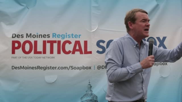 democratic presidential candidate us sen michael bennet delivers campaign speech at the des moines register political soapbox at the iowa state fair... - month stock videos & royalty-free footage