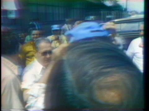 democratic presidential candidates mo udall and frank church campaign in ohio - 野球帽点の映像素材/bロール