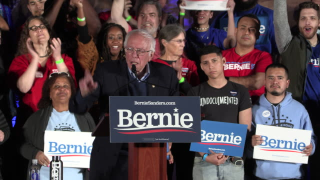 vídeos de stock, filmes e b-roll de democratic presidential nomination hopeful bernie sanders speaks to supporters at springs preserve on the eve of the nevada caucus, friday, february... - bernie sanders