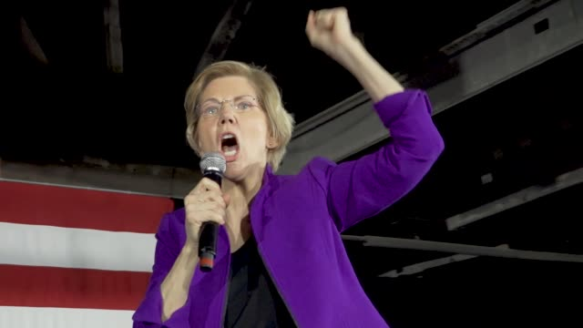 Democratic Senator and 2020 presidential candidate Elizabeth Warren speaks in Long Island City in the borough of Queens New York City USA Senator...