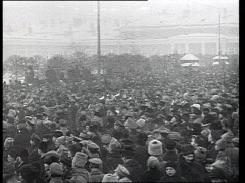 demonstration in support of the constituent assembly in front of duma / st petersburg russia - 1917 stock-videos und b-roll-filmmaterial